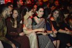Karisma Kapoor at Sabyasachi Show Grand Finale at Lakme Fashion Week 2016 on 28th Aug 2016 (246)_57c543fb79730.JPG