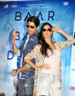 Katrina Kaif and Sidharth Malhotra promote Baar Baar Dekho in Ahmedabad at Carnival Cinemas on 30th Aug 2016 (10)_57c558cdee180.jpg
