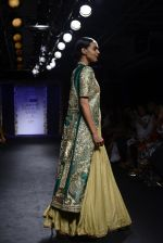 Model walk the ramp for Architha Narayanam Show at Lakme Fashion Week 2016 on 28th Aug 2016  (19)_57c5420ccbe01.JPG