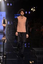 Model walk the ramp for Kunal Rawal Show at Lakme Fashion Week 2016 on 28th Aug 2016 (162)_57c54669573fe.JPG
