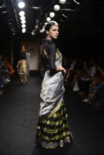 Model walk the ramp for Sanjukta Dutta Show at Lakme Fashion Week 2016 on 28th Aug 2016 (26)_57c54127308da.JPG