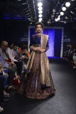 Model walk the ramp for Saroj Jalan Show at Lakme Fashion Week 2016 on 28th Aug 2016  (19)_57c54249f3b8b.JPG