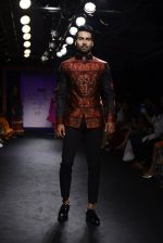 Model walk the ramp for Sumona Parekh Show at Lakme Fashion Week 2016 on 28th Aug 2016 (42)_57c540df2e035.JPG
