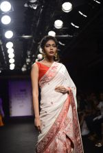 Model walk the ramp for Sumona Parekh Show at Lakme Fashion Week 2016 on 28th Aug 2016 (49)_57c54105862b5.JPG
