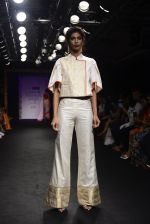 Model walk the ramp for Sumona Parekh Show at Lakme Fashion Week 2016 on 28th Aug 2016 (52)_57c541169ee59.JPG