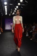 Model walk the ramp for Sumona Parekh Show at Lakme Fashion Week 2016 on 28th Aug 2016 (55)_57c5412b51f28.JPG