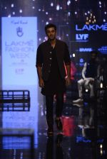Ranbir Kapoor walk the ramp for Kunal Rawal Show at Lakme Fashion Week 2016 on 28th Aug 2016 (664)_57c5466249f0a.JPG