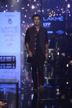 Ranbir Kapoor walk the ramp for Kunal Rawal Show at Lakme Fashion Week 2016 on 28th Aug 2016 (666)_57c546729b046.JPG
