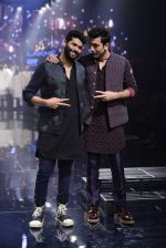 Ranbir Kapoor walk the ramp for Kunal Rawal Show at Lakme Fashion Week 2016 on 28th Aug 2016 (745)_57c54a161f731.JPG