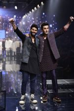 Ranbir Kapoor walk the ramp for Kunal Rawal Show at Lakme Fashion Week 2016 on 28th Aug 2016 (764)_57c54abc4d3b5.JPG