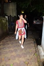 Sanya Malhotra with Dangal team snapped at Hakassan on 29th Aug 2016 (19)_57c5502394c06.JPG
