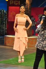 Shilpa Shetty on the sets of The Kapil Sharma Show on 30th Aug 2016 (187)_57c55c1217a39.JPG