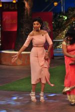 Shilpa Shetty on the sets of The Kapil Sharma Show on 30th Aug 2016 (215)_57c55c3c78a3d.JPG