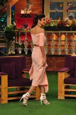 Shilpa Shetty on the sets of The Kapil Sharma Show on 30th Aug 2016 (220)_57c55c46807b3.JPG