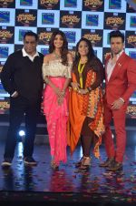 Shilpa Shetty, Geeta Kapoor, Anurag Basu at Super Dancer launch on 29th Aug 2016 (55)_57c55258974bc.JPG