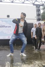 Sidharth Malhotra at iit powai for marathon on 29th Aug 2016 (10)_57c54a913672f.JPG