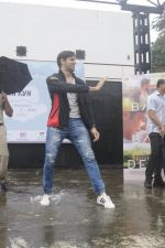 Sidharth Malhotra at iit powai for marathon on 29th Aug 2016 (26)_57c54aeb4d81e.JPG