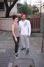 Soha Ali Khan and Kunal Khemu snapped post gm workout on 29th ug 2016 (5)_57c550f6062ba.JPG