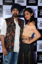 at Sabyasachi Show Grand Finale at Lakme Fashion Week 2016 on 28th Aug 2016 (8)_57c543f685241.JPG