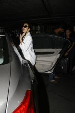 Malaika Arora Khan snapped at airport on 30th Aug 2016 (28)_57c6818a30e95.JPG