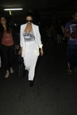 Malaika Arora Khan snapped at airport on 30th Aug 2016 (38)_57c6819c25a12.JPG