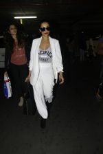 Malaika Arora Khan snapped at airport on 30th Aug 2016 (39)_57c6819e44dac.JPG