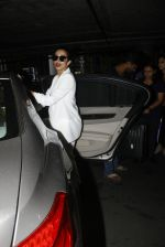 Malaika Arora Khan snapped at airport on 30th Aug 2016 (41)_57c681a1b9269.JPG