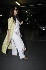 Neha Dhupia snapped at airport on 30th Aug 2016 (14)_57c681a074537.JPG