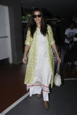 Neha Dhupia snapped at airport on 30th Aug 2016 (16)_57c681a48b639.JPG