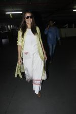 Neha Dhupia snapped at airport on 30th Aug 2016 (19)_57c681a91a3d4.JPG