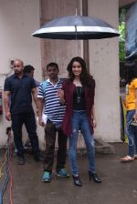 Shraddha Kapoor snapped on the sets of Rock on 2 on 30th Aug 2016 (26)_57c683fe651f5.JPG