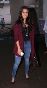 Shraddha Kapoor snapped on the sets of Rock on 2 on 30th Aug 2016 (42)_57c6841d88528.JPG