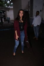 Shraddha Kapoor snapped on the sets of Rock on 2 on 30th Aug 2016 (43)_57c6841ecd384.JPG