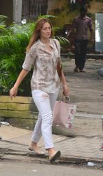 Dina Umarova snapped in Mumbai on 31st Aug 2016 (4)_57c7d67c2b274.JPG