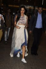 Katrina Kaif snapped at airport on 31st Aug 2016 (9)_57c7dbb17becb.JPG