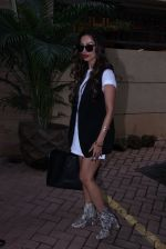 Malaika Arora Khan snapped post lunch on 31st Aug 2016 (11)_57c7daec4640f.JPG