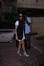 Malaika Arora Khan snapped post lunch on 31st Aug 2016 (6)_57c7dae3b6554.JPG