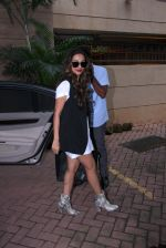 Malaika Arora Khan snapped post lunch on 31st Aug 2016 (7)_57c7dae5902d0.JPG