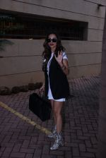 Malaika Arora Khan snapped post lunch on 31st Aug 2016 (9)_57c7dae8e8c69.JPG