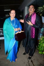 Poonam Sinha, Shatrughan Sinha at Akira special screening on 30th Aug 2016 (32)_57c7cf6be50ff.JPG