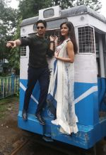 Sidharth Malhotra and Katrina Kaif in Kolkatta on 31st Aug 2016 (28)_57c7dab52ca98.jpg