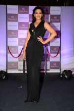 Sonali Bendre at Oriflame event on 31st Aug 2016 (19)_57c7da5f5a263.JPG