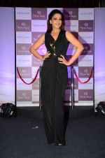 Sonali Bendre at Oriflame event on 31st Aug 2016 (21)_57c7da676fa90.JPG