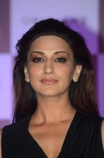 Sonali Bendre at Oriflame event on 31st Aug 2016 (5)_57c7db5671305.JPG
