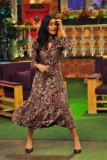 Katrina Kaif on the sets of The Kapil Sharma Show on 1st Sept 2016 (286)_57c97217273f0.JPG