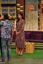 Katrina Kaif on the sets of The Kapil Sharma Show on 1st Sept 2016 (289)_57c9723132bb0.JPG