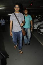 Murli Sharma snapped at airport on 1st Sept 2016 (52)_57c96e130a687.JPG