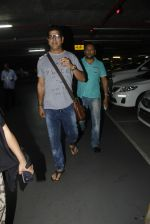 Murli Sharma snapped at airport on 1st Sept 2016 (55)_57c96e26a381e.JPG