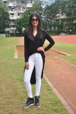 Pooja Hegde snapped at a school sports day on 2nd Sept 2016 (12)_57c9b2aa962b5.JPG