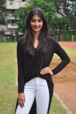 Pooja Hegde snapped at a school sports day on 2nd Sept 2016 (21)_57c9b2cd6fe3a.JPG